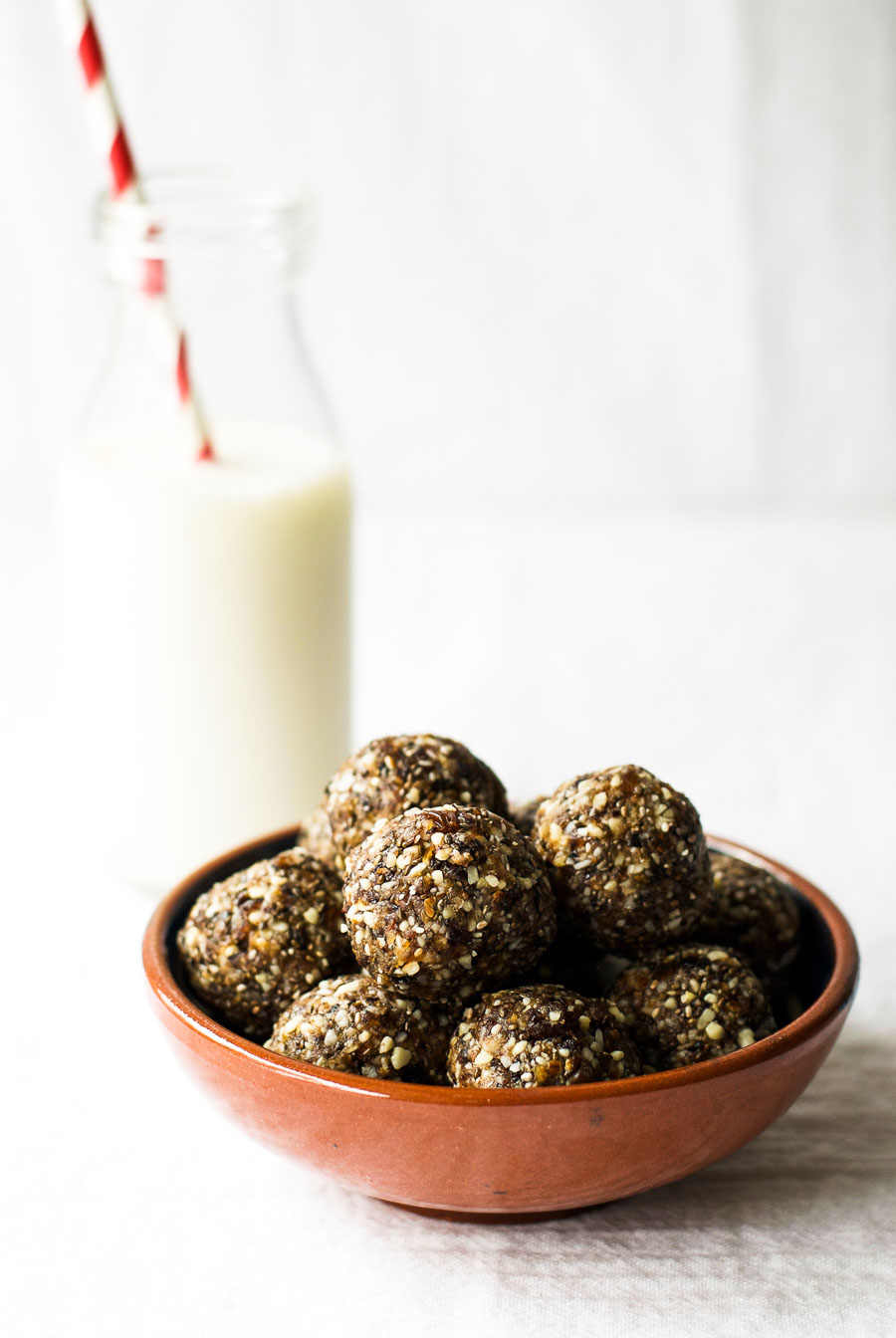 Cherry almond energy balls