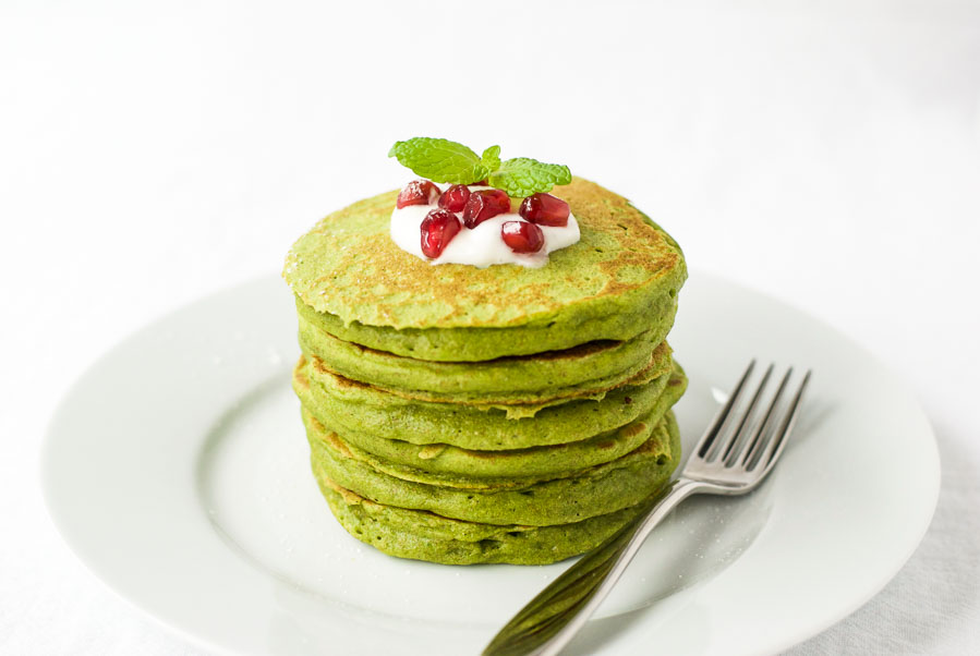Healthy green pancakes
