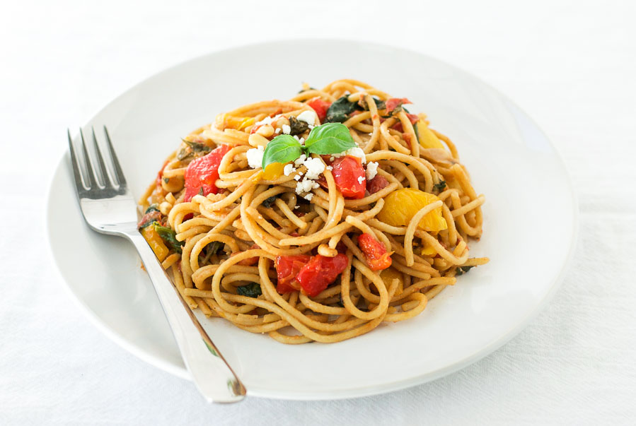 One pot roasted red pepper wholewheat pasta