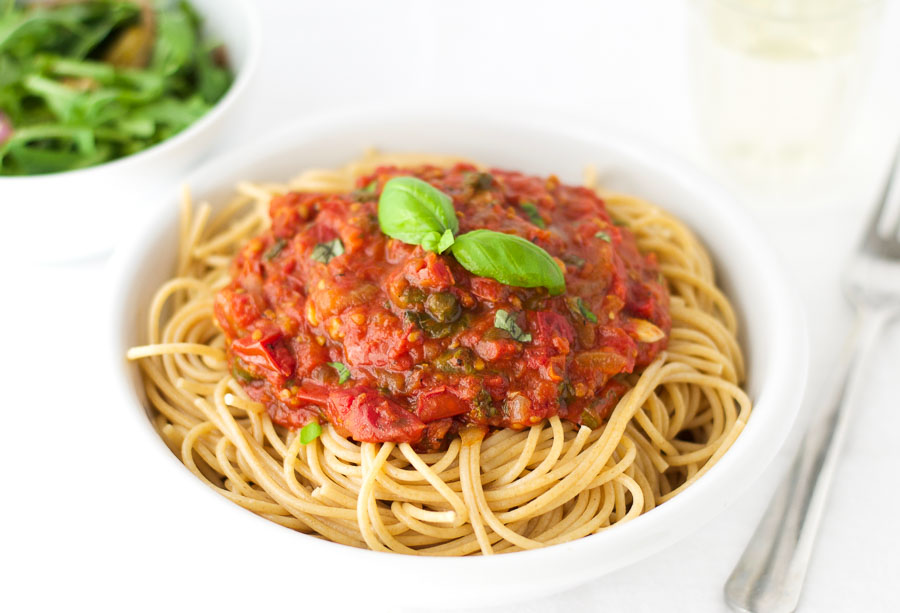 Oven roasted tomato sauce with whole wheat spaghetti
